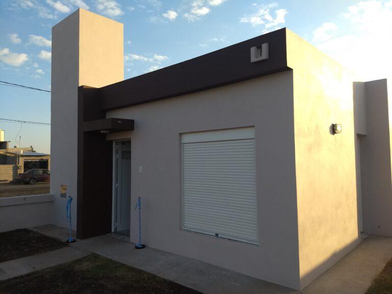Municipio de Brinkmann: Sorteo y entrega de vivienda Habitar a Familia Moreno
