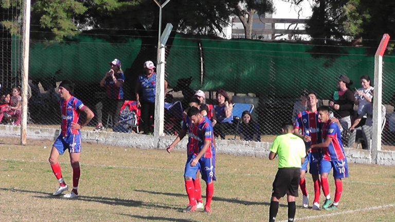 Fútbol Regional: Compacto San Jorge 2- Nueve de Freyre 1